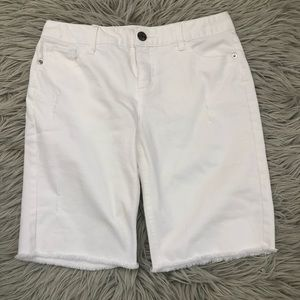 Justice girls jean shorts white size 16 Distressed
